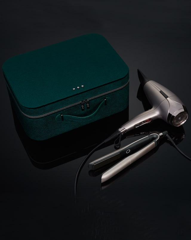 limited edition deluxe gift set, featuring the ghd platinum+ and ghd helios™ hair dryer